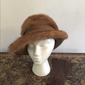 Vintage Cloche Wide Brim Mink Hat